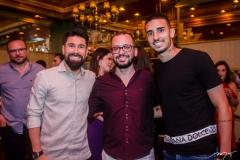 Ricardinho e Andre Costa e Thiago Galhardo