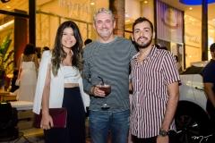 Carolina Alexandre, Milton Cunha e Leonardo Vieira