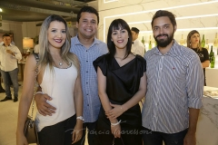 Ivina, Victor e Caroline Figueira e Vitor Eleoterio   (2)