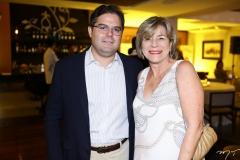 Edson Queiroz Neto e Estela Rodrigues
