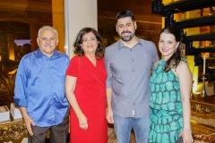 Emanuel, Conceição, Felipe e Adriana Capistrano