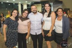 Marília Frota, Nathalia Castro, Thiago Correia, Rafaela Almeida e Conceição Feijó