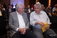 Carlos Prado E Roberto Macedo