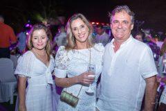 Gabriela, Priscila e Alexandre Gontijo