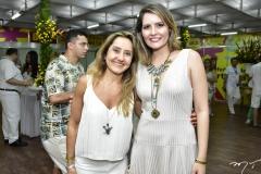 Elizabeth Pinheiro e Camila Queiroz