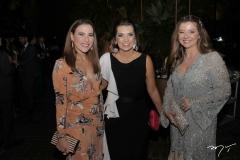 Érica Dias, Márcia Travessoni e Emília Buarque