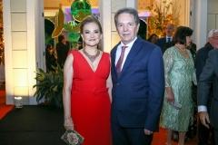 Lenise Queiroz e Cláudio Rocha