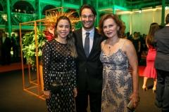 Mirella Freire, Cláudio Rocha e Renata Jereissati