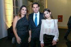 Renata, Cláudio e Lara Vale