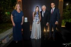 Roberta, Ana Carolina e Fernando de Mendonça e Felipe Esmeraldo