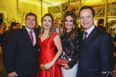 Cláudio e Suyane Dias Branco, com Eveline e Lisandro Fujita