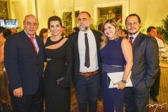 Fernando e Márcia Travessoni, com Karim Aïnouz, Ana Quezado e Roberto Freire