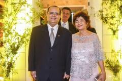 José Henrique e Mônica Braga
