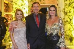 Lenise Rocha, Guilherme e Laila Fujita
