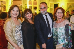 Lúcia Wolf, Carmen Cinira, Karim Aïnouz e Lília Quinderé