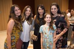 Mariana, Ana Cecília Vasconcelos, Lia Quinderé, Meliza e Luciana Macedo