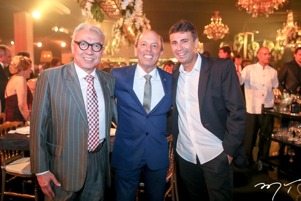 Arnaldo Santos, Andre Montenegro e Marcos Novais
