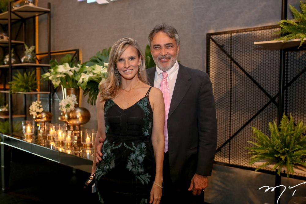 Veronica Picansso e Paulo Angelim