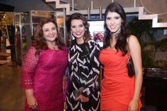 Jacqueline Simões , Marcia Travessoni e Flávia Simões