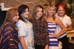 Vanessa Qieiros , Viviane Almada, Daniele Cordeiro, Grazi Nogueira e Fátima Duarte