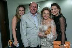 Marcella, Luis, Helena e Camille Cidrão