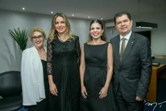 Socorro França, Onélia Santana, Carol Bezerra e Mauro Filho