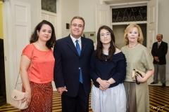Izabel Rodrigues, João Rodrigues Neto, Mariana Rodrigues e Eliana Davi