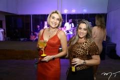Amanda e Mariana Queiroz