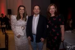 Emi--lia-Buarque-Igor-e-Aline-Barroso