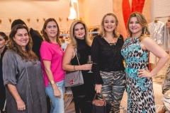 Ana Pinheiro, Debora Moureira, Debora Cavalcante, Helena Demes e Silvana Guimarães