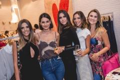 Camila Militão, Lu Palhano, Mirelle Vasconcelos, Priscila Áfio e Cintia Mendes