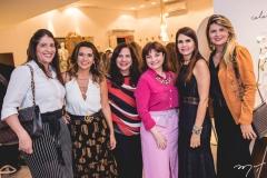 Elisa Oliveira, Márcia Travessoni, Martinha Assunção, Chris Leite, Lorena Pouchain e Michelinne Pinheiro