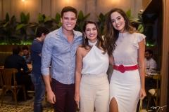 Marcos Lessa, M árcia Travessoni e Jeycielle Oliveira