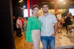 Caroline Matos e Erik Gomes