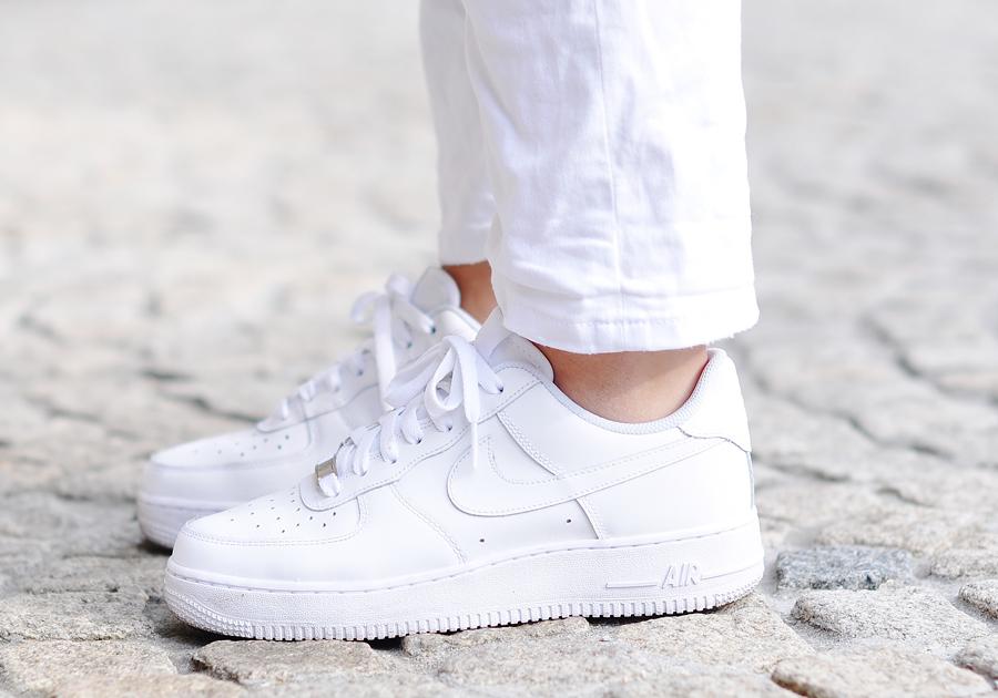 Branco nos pés!