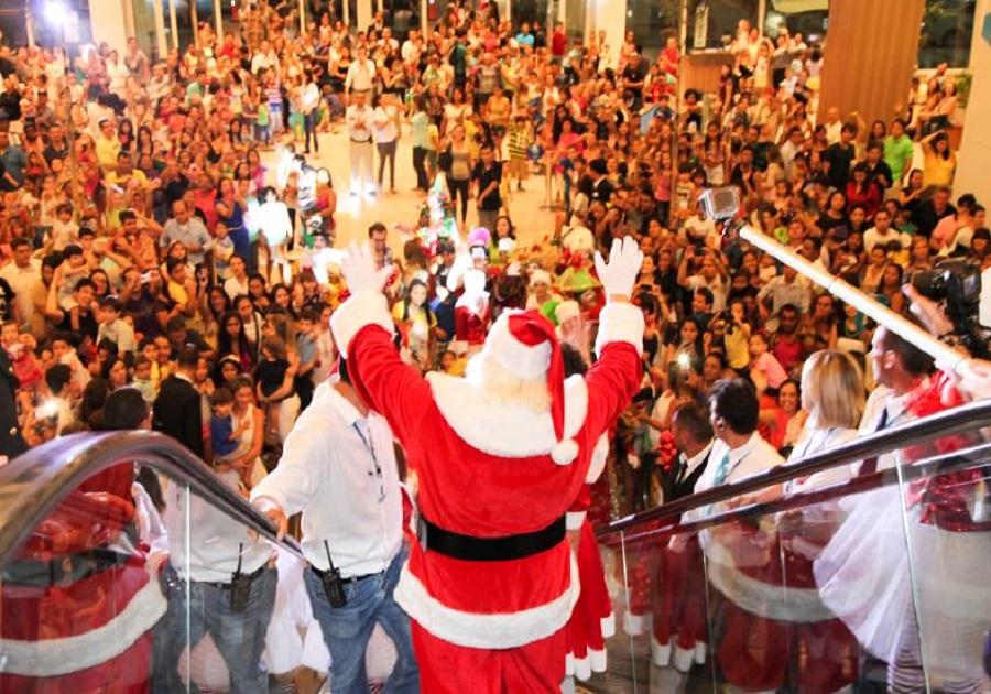 Papai Noel chega ao RioMar
