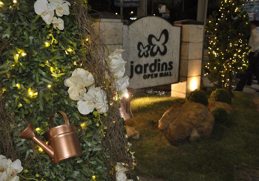 Jardins Open Mall lança decoração de Natal