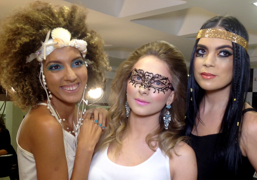O Carnaval chegou no Donna Salon!