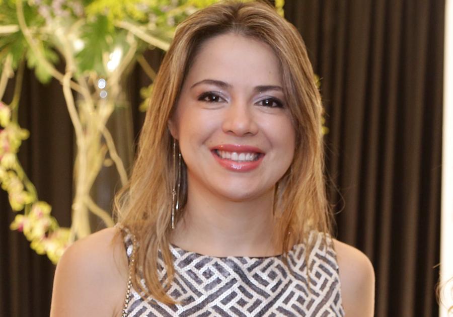 Dia de parabenizar uma inspiração de mulher: Onélia Leite