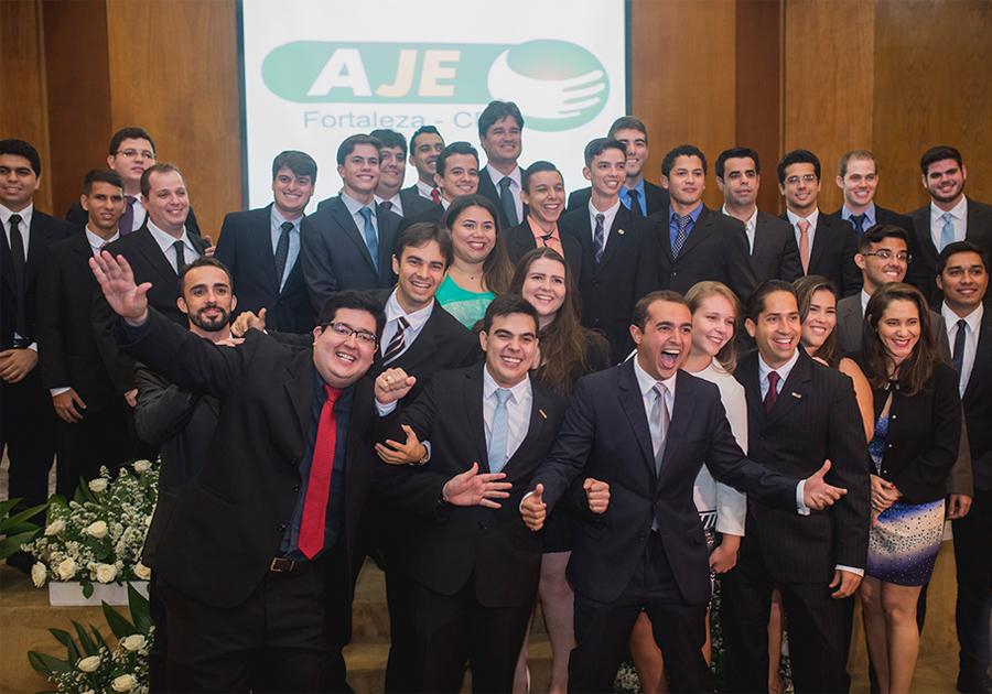 Nova coordenação da AJE Fortaleza toma posse (em grande estilo)