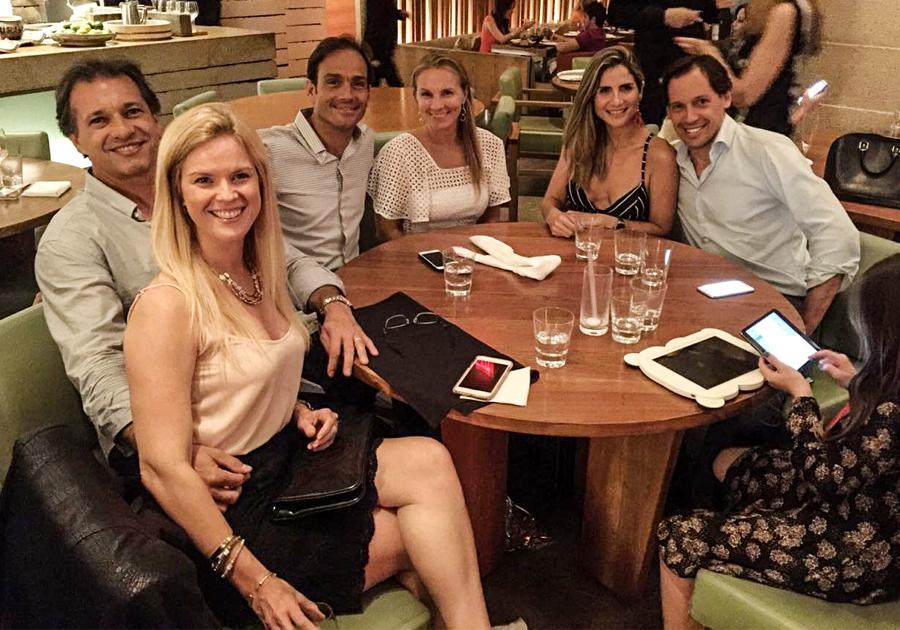 Deda Studart comemora aniversário em Miami rodeado de amigos