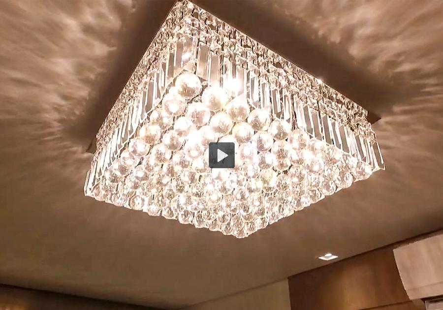 A arquiteta Deborah Araújo e as tendências em iluminação | Já assistiu?