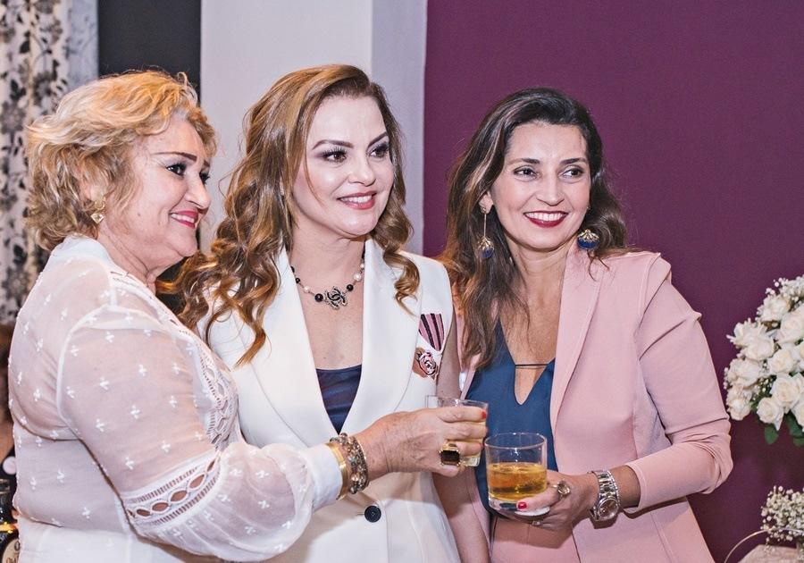 L'Ô Restaurante recebe aniversariantes do mês de Vera Costa