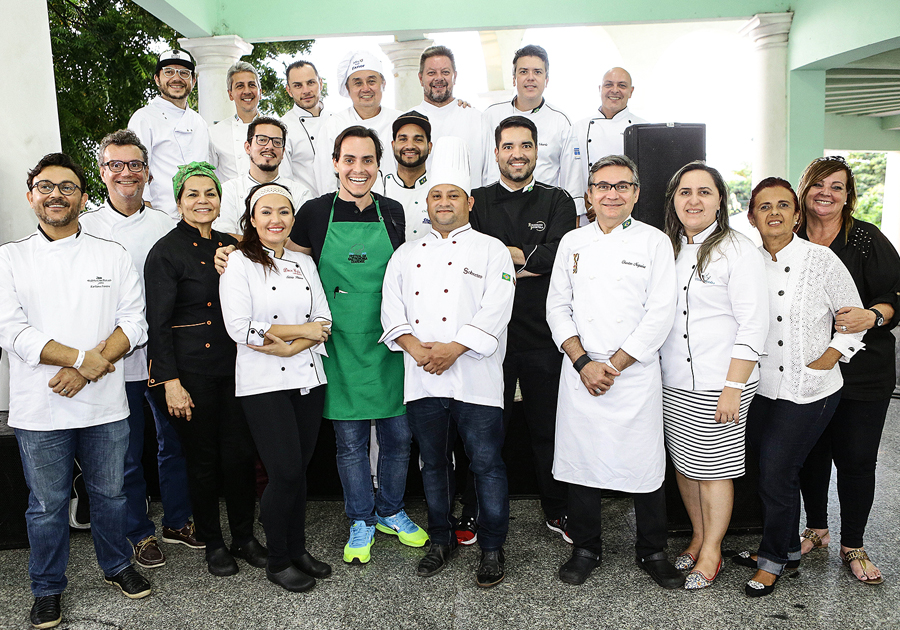Feira da Gastronomia Cearense reúne chefs com vista para o mar!