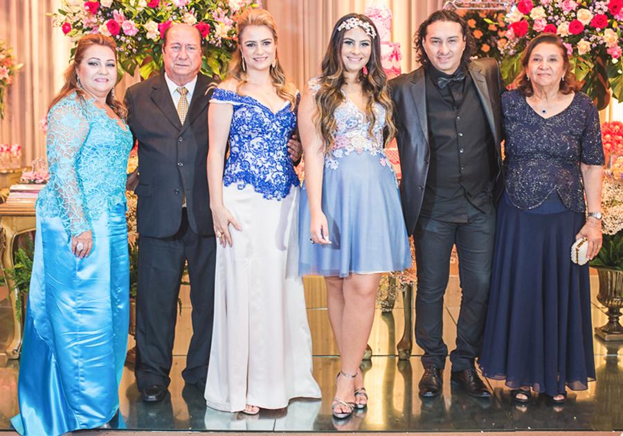 Maria Clara Bessa Nery comemora seus 15 anos com linda festa | Confira as fotos!