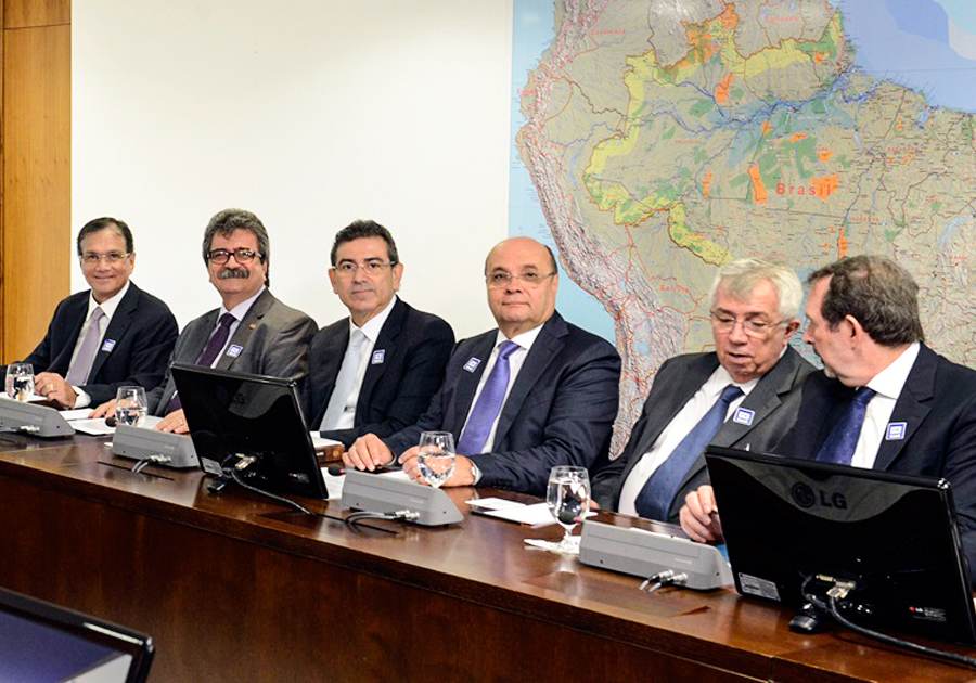 Beto Studart e comitiva da FIEC viajam a Brasília | Saiba o motivo!