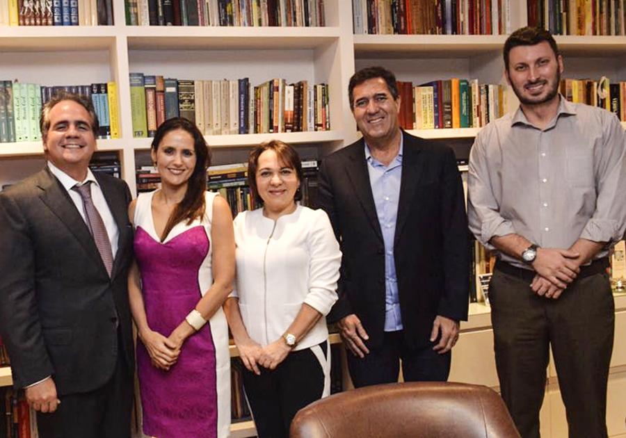 Ricardo Bacelar e Manoela Queiroz Bacelar recebem visita especial