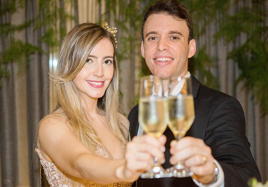 """Fernanda e Gustavo Arruda dizem """"sim"""" com encontro intimista e memorável!"""
