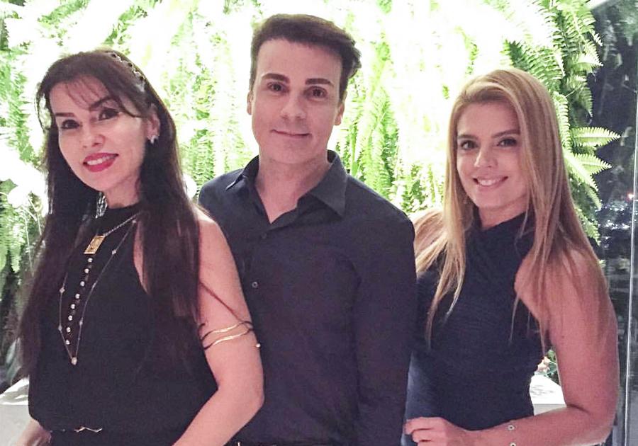 Rodrigo Maia arma jantar e relembra a belíssima Grécia | Confira!