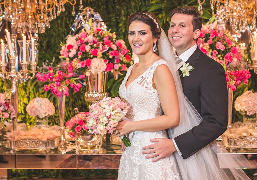 Gabriella Baquit e Filipe Lobo trocam alianças com cerimônia belíssima | Estivemos lá!